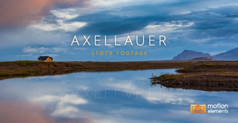 Featured Artist: AxelLauer